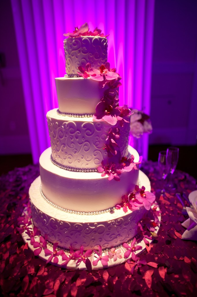 60 unique wedding cakes designs layered pearl wedding cake junglespirit Image collections