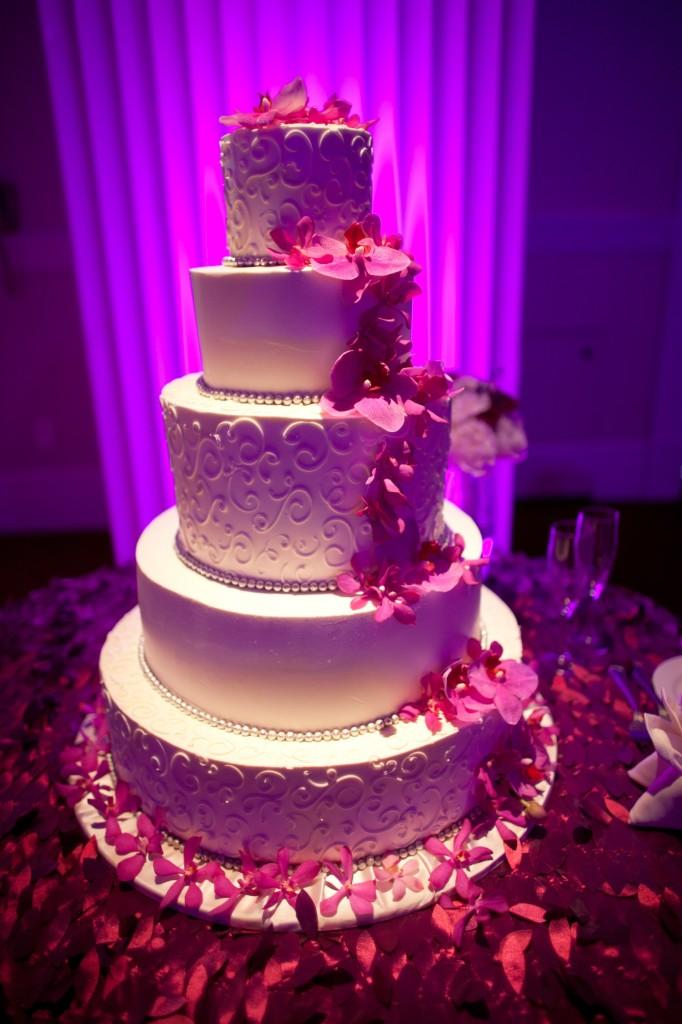 Layered Pearl Wedding Cake