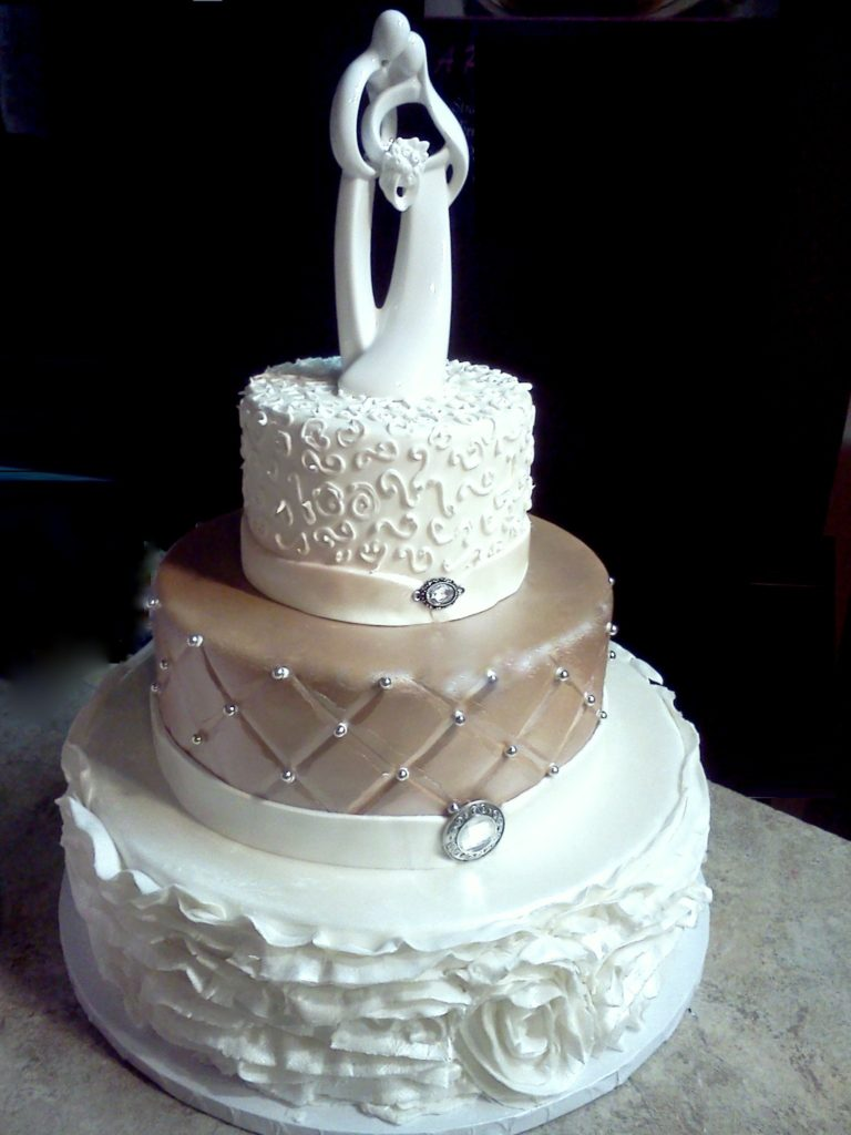 60 Unique Wedding Cakes Designs