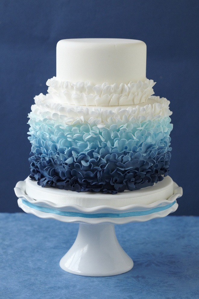 blue ombre-wedding-cake
