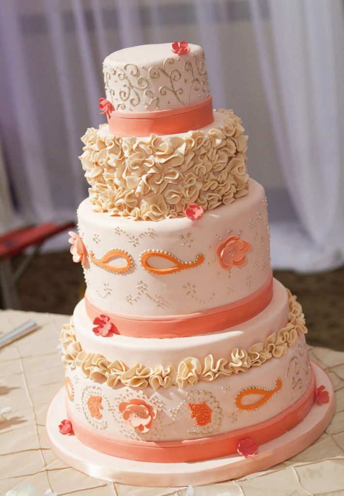 boss-wedding-cake