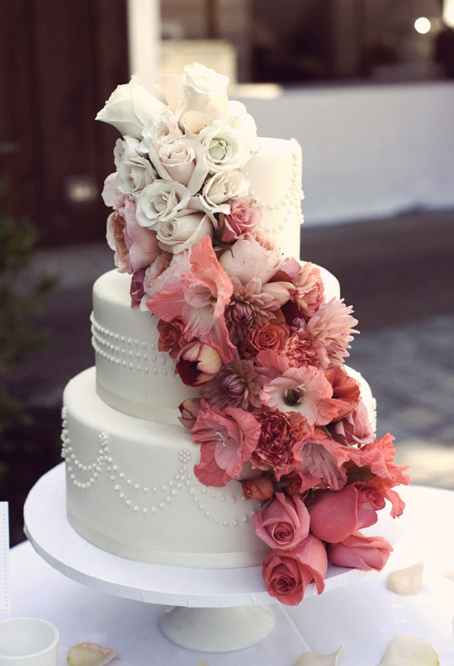 floral ombre-wedding-cake