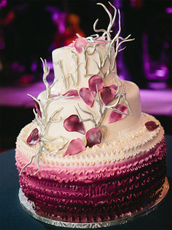 petals ombre-wedding-cake