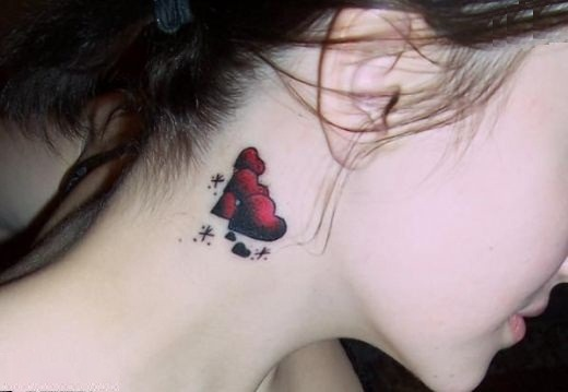 25 creative neck tattoos for women for Female neck tattoos