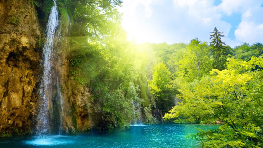 WaterFall Natural Scene Wallpaper