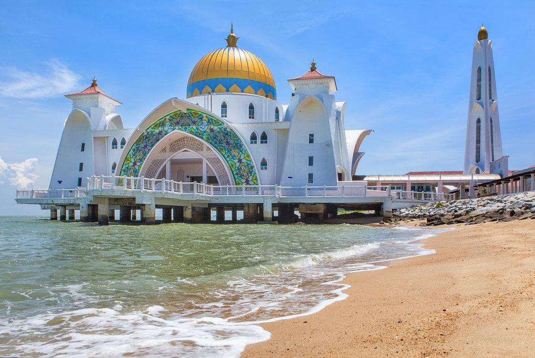 malacca-straits-mosque.jpg