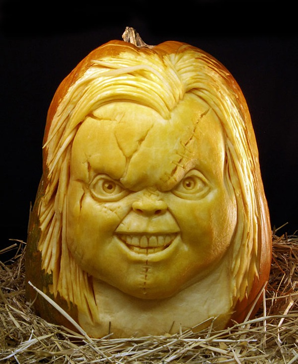 chucky pumpkin-carvings-halloween