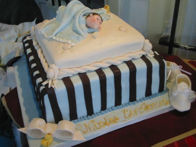stripes baby cake